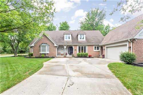 Photo of 10725 Hunters Cove Drive, Indianapolis, IN 46236 (MLS # 21723653)