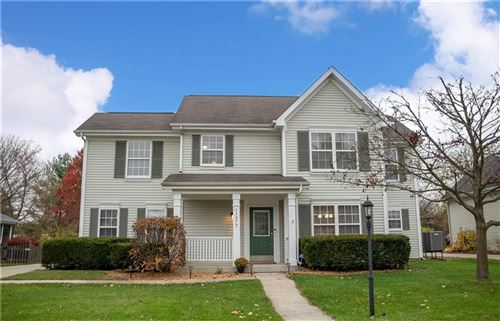 Photo of 11375 HEARTHSTONE Drive, Fishers, IN 46037 (MLS # 21748653)
