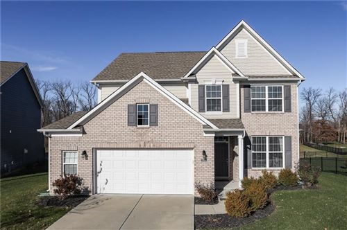 Photo of 5618 Sly Fox Lane, Indianapolis, IN 46237 (MLS # 21755653)