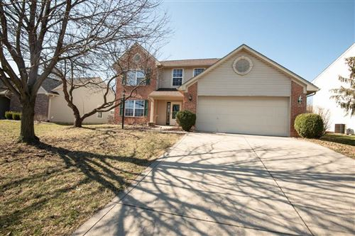 Photo of 812 TROTTER Court, Greenwood, IN 46143 (MLS # 21696655)