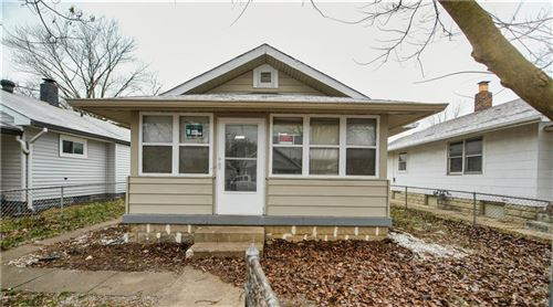 Photo of 946 North Somerset Avenue, Indianapolis, IN 46222 (MLS # 21690656)
