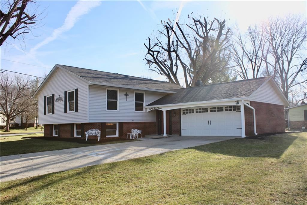 8412 Royal Meadow Drive, Indianapolis, IN 46217 - #: 21769664