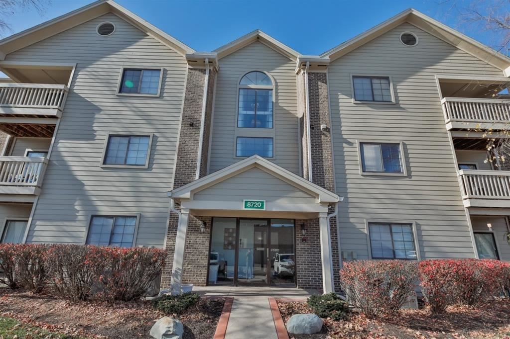 8720 Yardley Court #104, Indianapolis, IN 46268 - #: 21752666