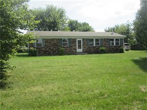 Photo of 3056 West County Road 425 South, Greencastle, IN 46135 (MLS # 21668667)