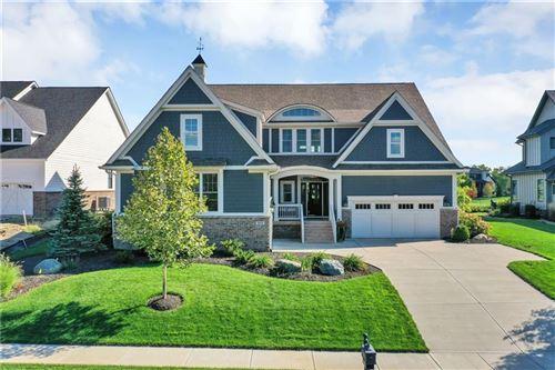 Photo of 971 Oak Terrace Road, Westfield, IN 46074 (MLS # 21813667)