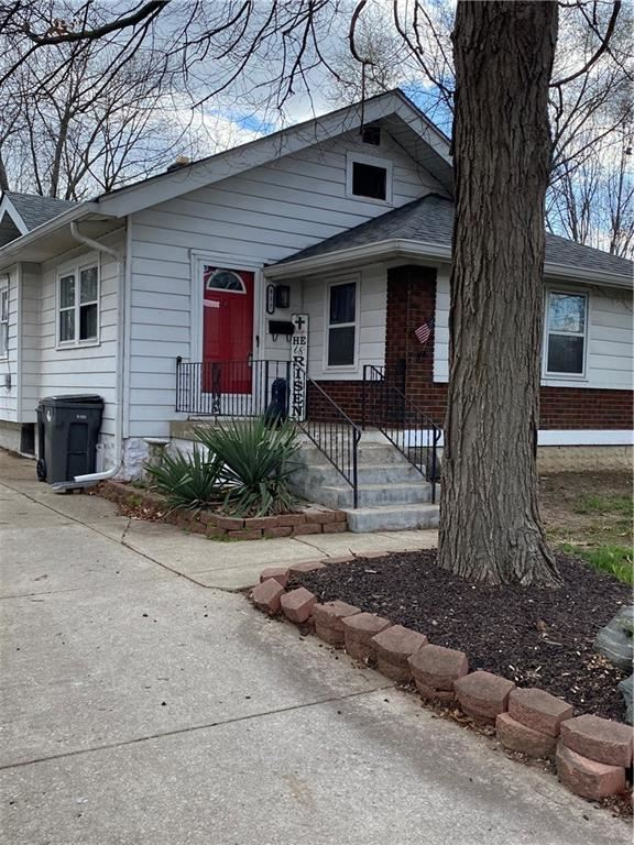 Photo of 917 East Mills Avenue, Indianapolis, IN 46227 (MLS # 21769668)