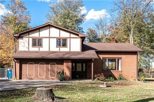 Photo of 9742 Chestnut Lane, Indianapolis, IN 46239 (MLS # 21746669)