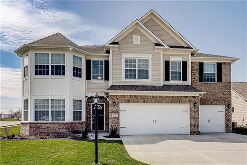 Photo of 6432 Silver Leaf Drive, Zionsville, IN 46077 (MLS # 21703676)