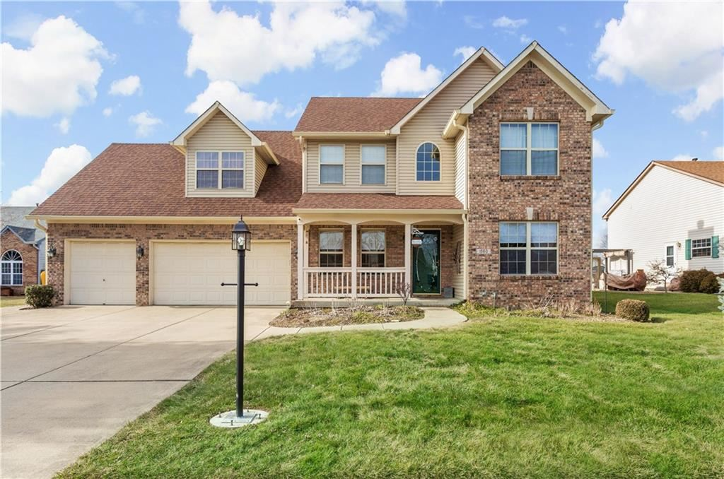 1560 White Oak Court, Franklin, IN 46131 - #: 21760677