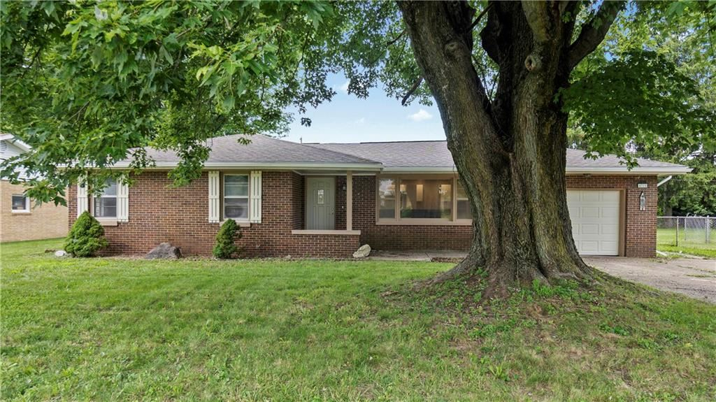 Photo of 4715 Southview Drive, Anderson, IN 46013 (MLS # 21736679)