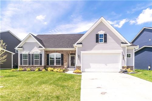 Photo of 11984 Eagleview Drive, Zionsville, IN 46077 (MLS # 21709692)