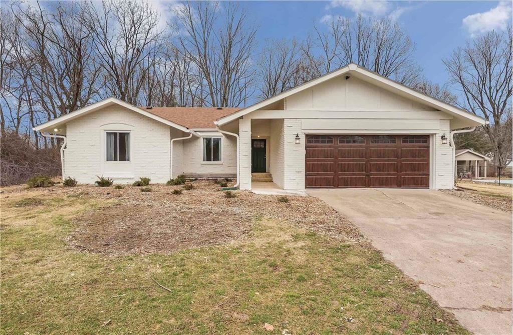 1120 Fox Hill Drive, Indianapolis, IN 46228 - #: 21683692