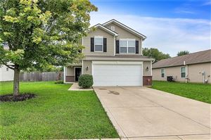 Photo of 4061 Mossy Bank, Indianapolis, IN 46234 (MLS # 21666693)