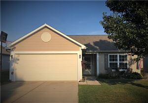 Photo of 127 Thistle Wood, Greenfield, IN 46140 (MLS # 21667695)