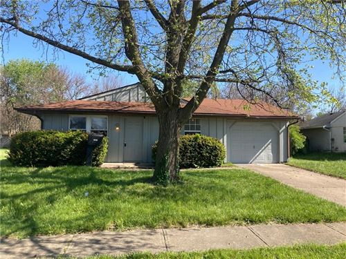 Photo of 9416 MEADOWLARK Drive, Indianapolis, IN 46235 (MLS # 21781696)