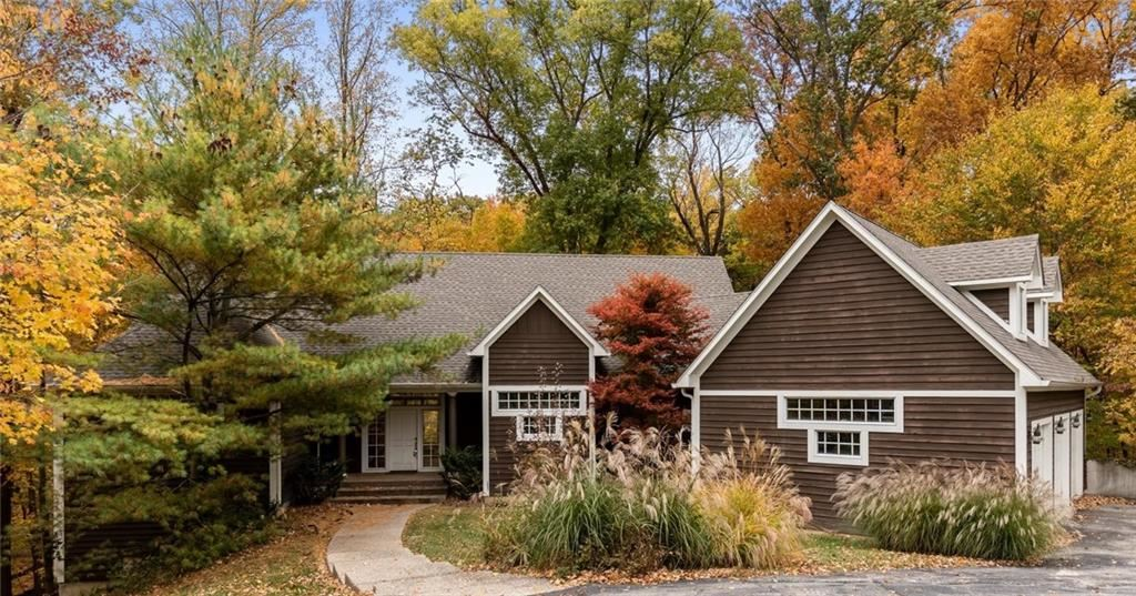8738 LANTERN FOREST Court, Indianapolis, IN 46256 - #: 21638697