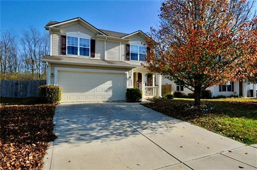 Photo of 4335 ROUND LAKE BEND, Indianapolis, IN 46234 (MLS # 21750704)