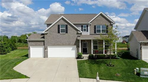 Photo of 7711 Eagle Point Circle, Zionsville, IN 46077 (MLS # 21711705)
