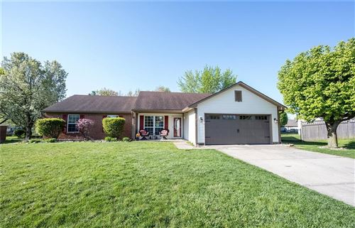 Photo of 7818 JACLYN Drive, Indianapolis, IN 46237 (MLS # 21778706)