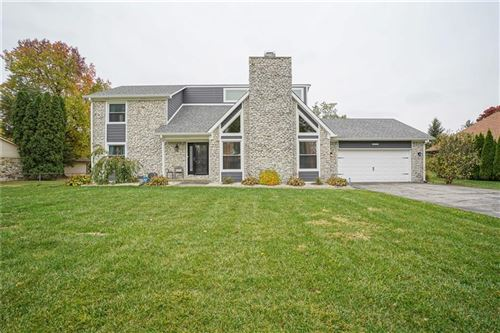 Photo of 12021 Valley Brook Court, Indianapolis, IN 46229 (MLS # 21748709)