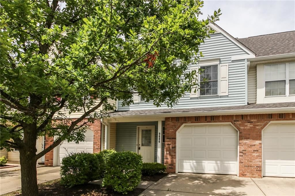 Photo of 9686 LENWOOD ST, Fishers, IN 46038 (MLS # 21654711)