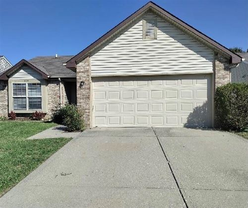 Photo of 5319 Rocky Mountain Drive, Indianapolis, IN 46237 (MLS # 21813712)