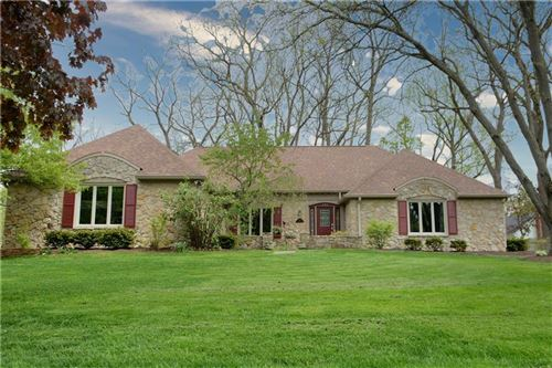 Photo of 195 GOVERNORS Lane, Zionsville, IN 46077 (MLS # 21709717)