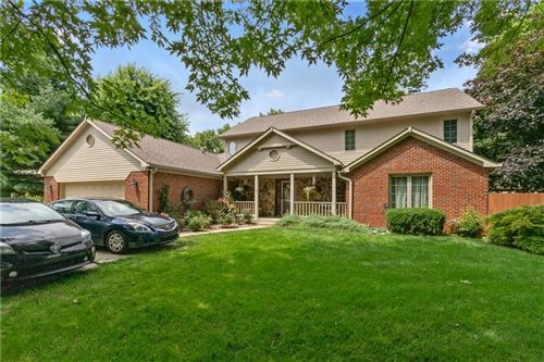 Photo of 886 SLEEPY HOLLOW Place, Greenwood, IN 46142 (MLS # 21801718)