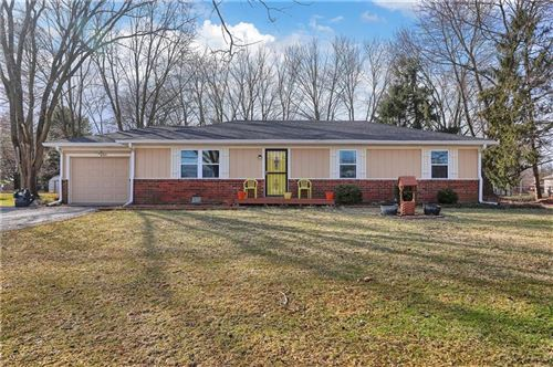 Photo of 6905 East County Road 350 North Road, Brownsburg, IN 46112 (MLS # 21697721)