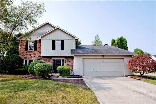 Photo of 7750 Baywood S Drive, Indianapolis, IN 46236 (MLS # 21739725)