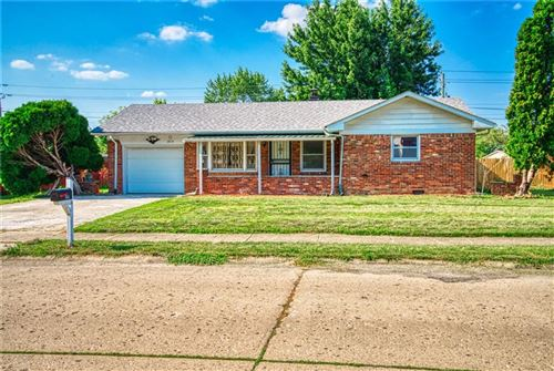 Photo of 3010 WINCHESTER Drive, Indianapolis, IN 46227 (MLS # 21801725)