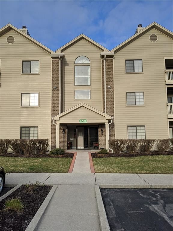 8750 Yardley Court #208, Indianapolis, IN 46268 - #: 21699725