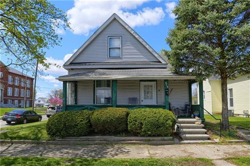 Photo of 879 S TOMPKINS Street, Shelbyville, IN 46176 (MLS # 21778730)