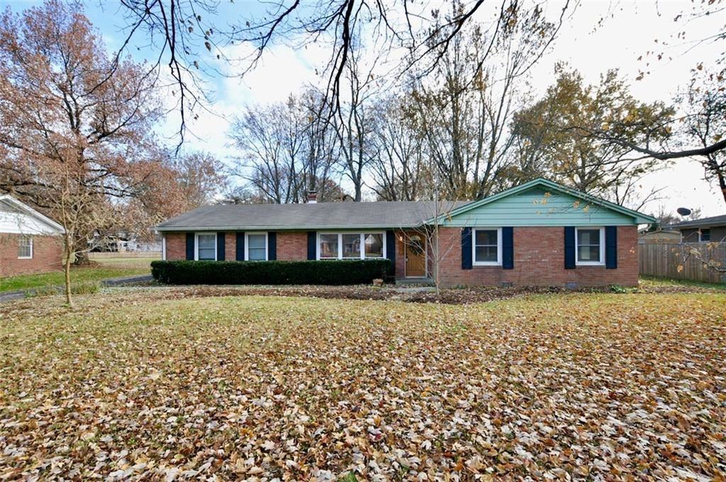 1039 OAKWOOD Trail, Indianapolis, IN 46260 - #: 21679731