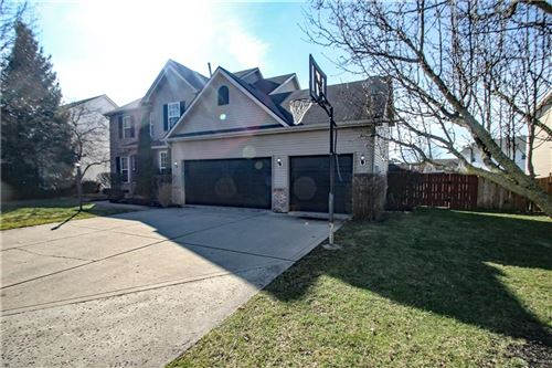 Photo of 12639 Geist Cove Drive, Indianapolis, IN 46236 (MLS # 21700732)