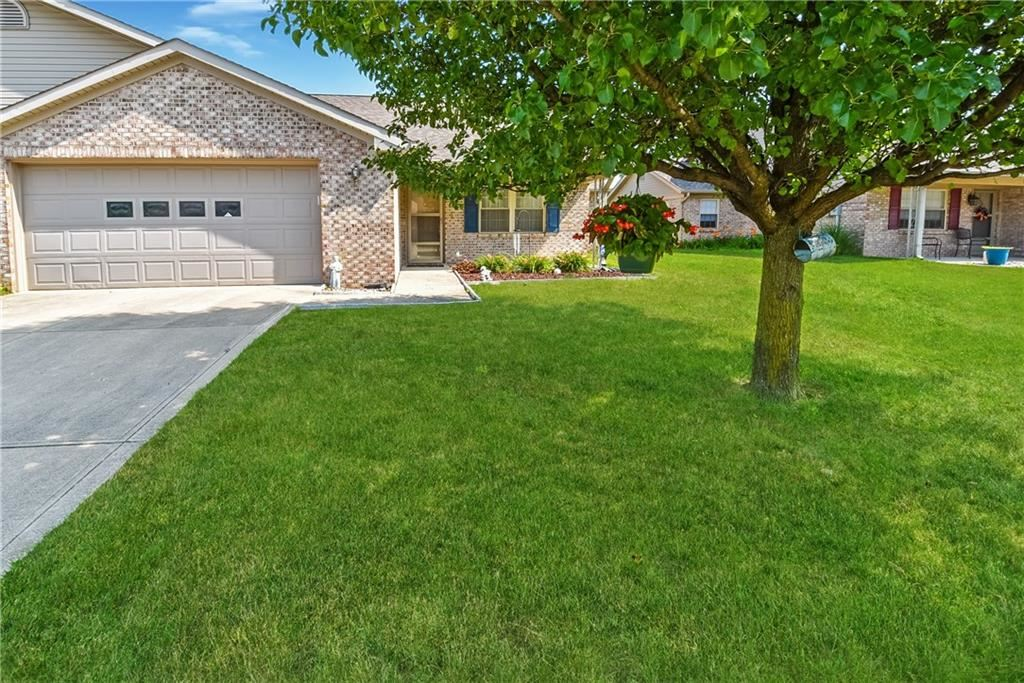 3916 Oak Trail Drive, Indianapolis, IN 46237 - #: 21723732
