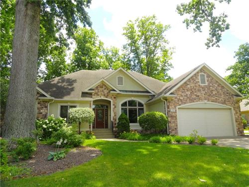 Photo of 4700 Hickory Wood Row, Greenwood, IN 46143 (MLS # 21718733)
