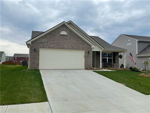 Photo of 10837 Jimmy Lake Drive, Indianapolis, IN 46239 (MLS # 21783734)