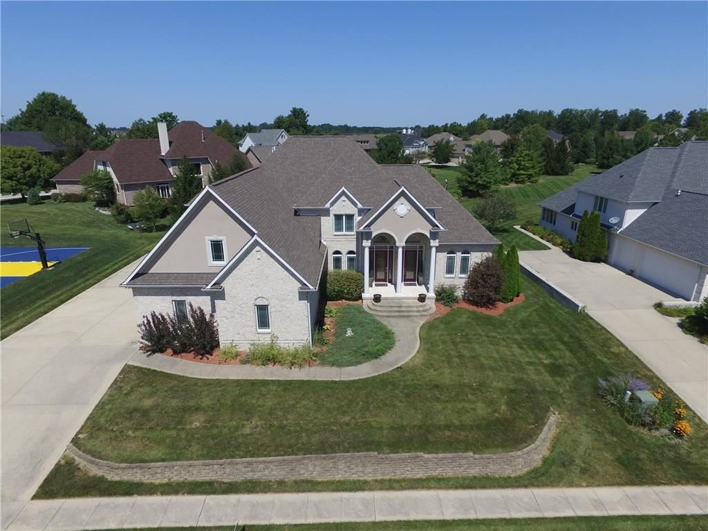 Photo of 86 Oak Tree Drive, Brownsburg, IN 46112 (MLS # 21721739)