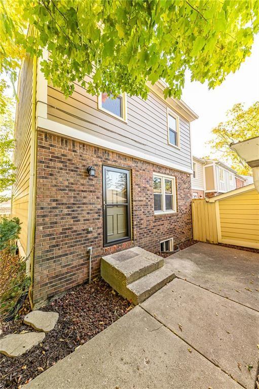Photo of 117 Carmelaire Drive, Carmel, IN 46032 (MLS # 21744739)