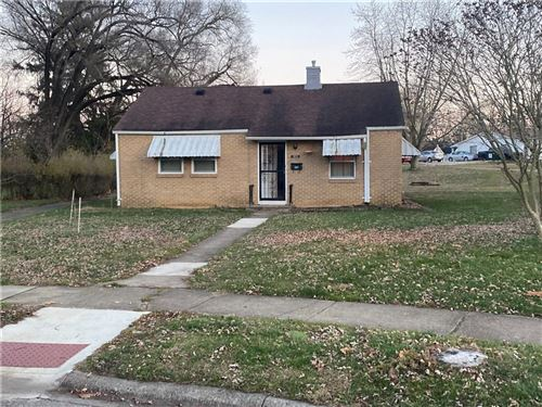 Photo of 303 Sunset Drive, Shelbyville, IN 46176 (MLS # 21755740)