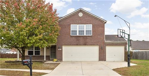 Photo of 1407 Fall Ridge Drive, Brownsburg, IN 46112 (MLS # 21749743)