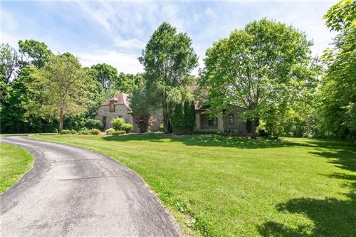 Photo of 3511 Willow Road, Zionsville, IN 46077 (MLS # 21646745)