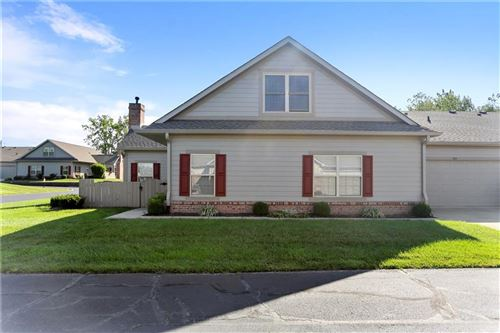 Photo of 831 Gazebo Way, Greenwood, IN 46142 (MLS # 21813745)