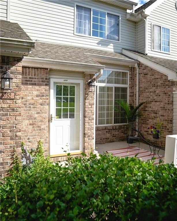 5752 CARROUSEL Drive, Indianapolis, IN 46254 - #: 21730745