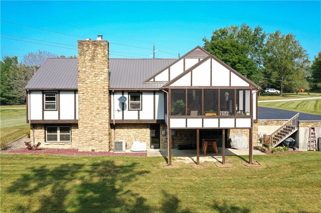 2145 West Lakeview Drive, North Vernon, IN 47265 - #: 21739745
