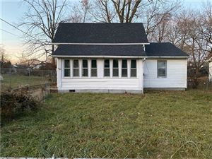 Photo of 1624 West 21st Street, Anderson, IN 46016 (MLS # 21681747)