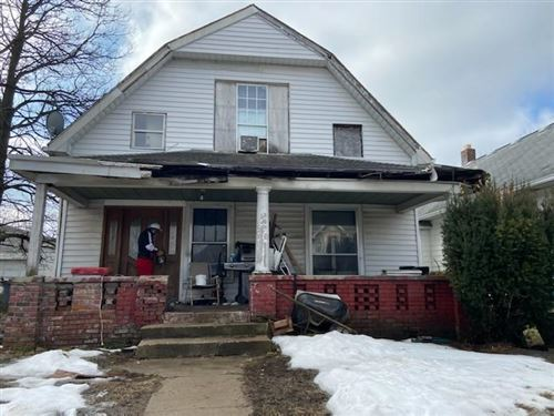 Photo of 921 West 32nd Street, Indianapolis, IN 46208 (MLS # 21769751)