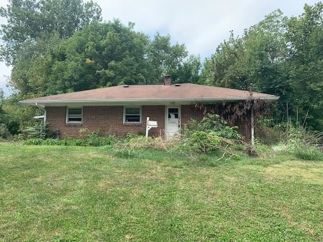 Photo of 200 High Street, Danville, IN 46122 (MLS # 21738752)