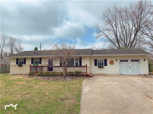 Photo of 10816 Ruckle Street, Indianapolis, IN 46280 (MLS # 21700753)